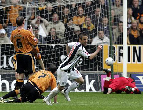 Kevin Phillips scores against Wolves. Again.